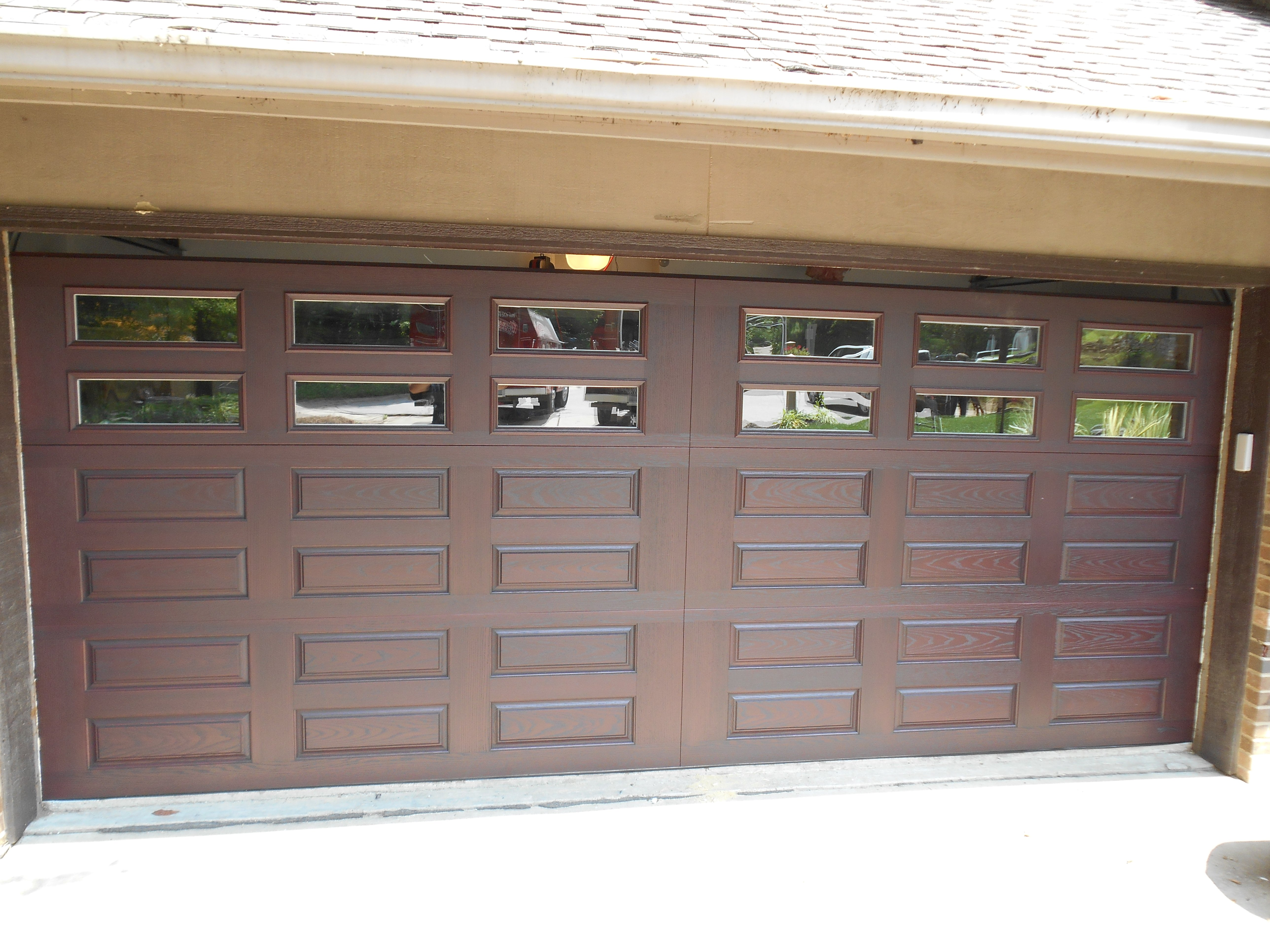Impression Collection 982 series in mahogany