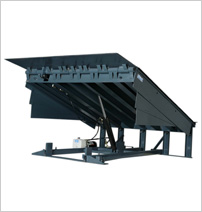 Commercial dock levelers