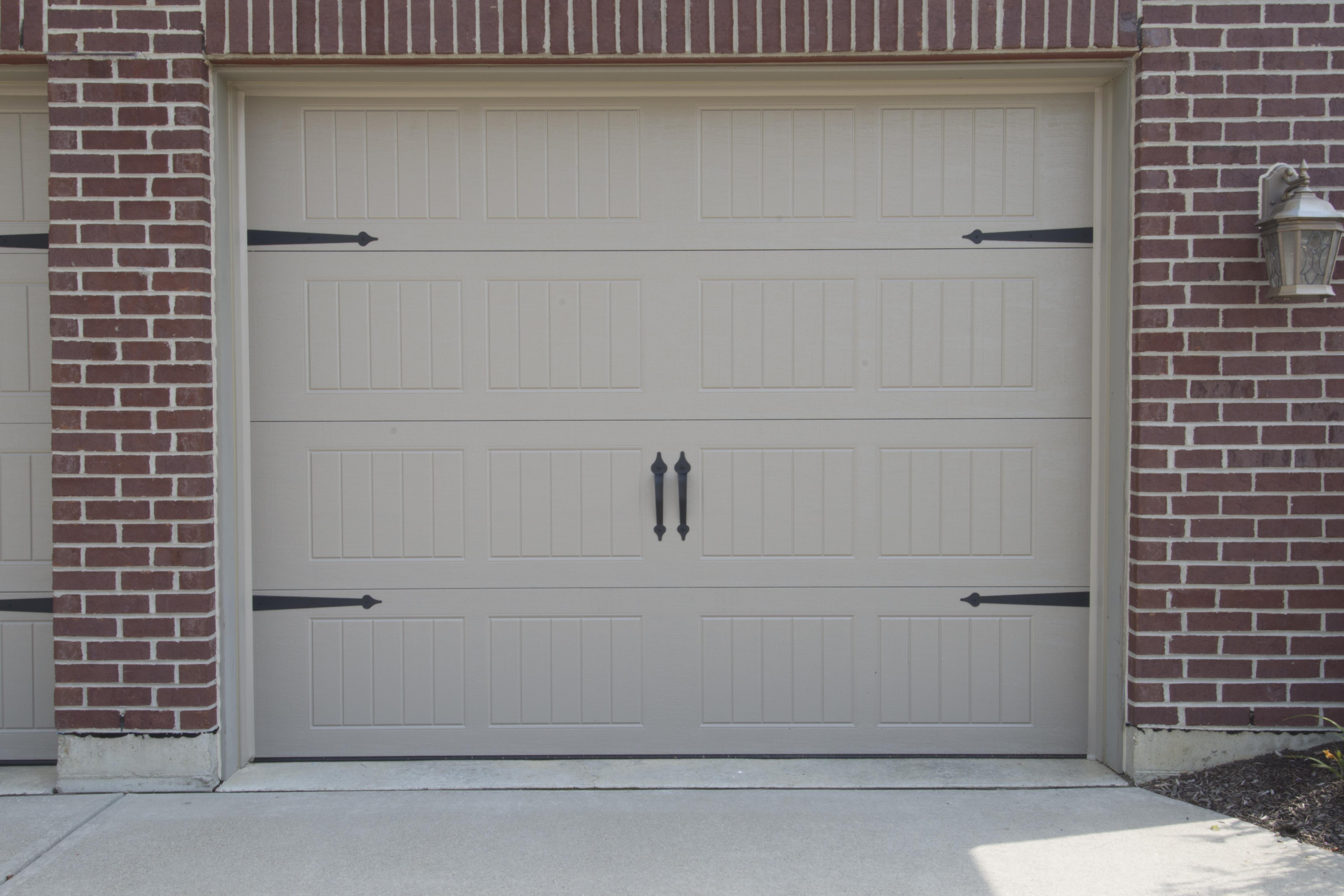 497 Series (Single Door)