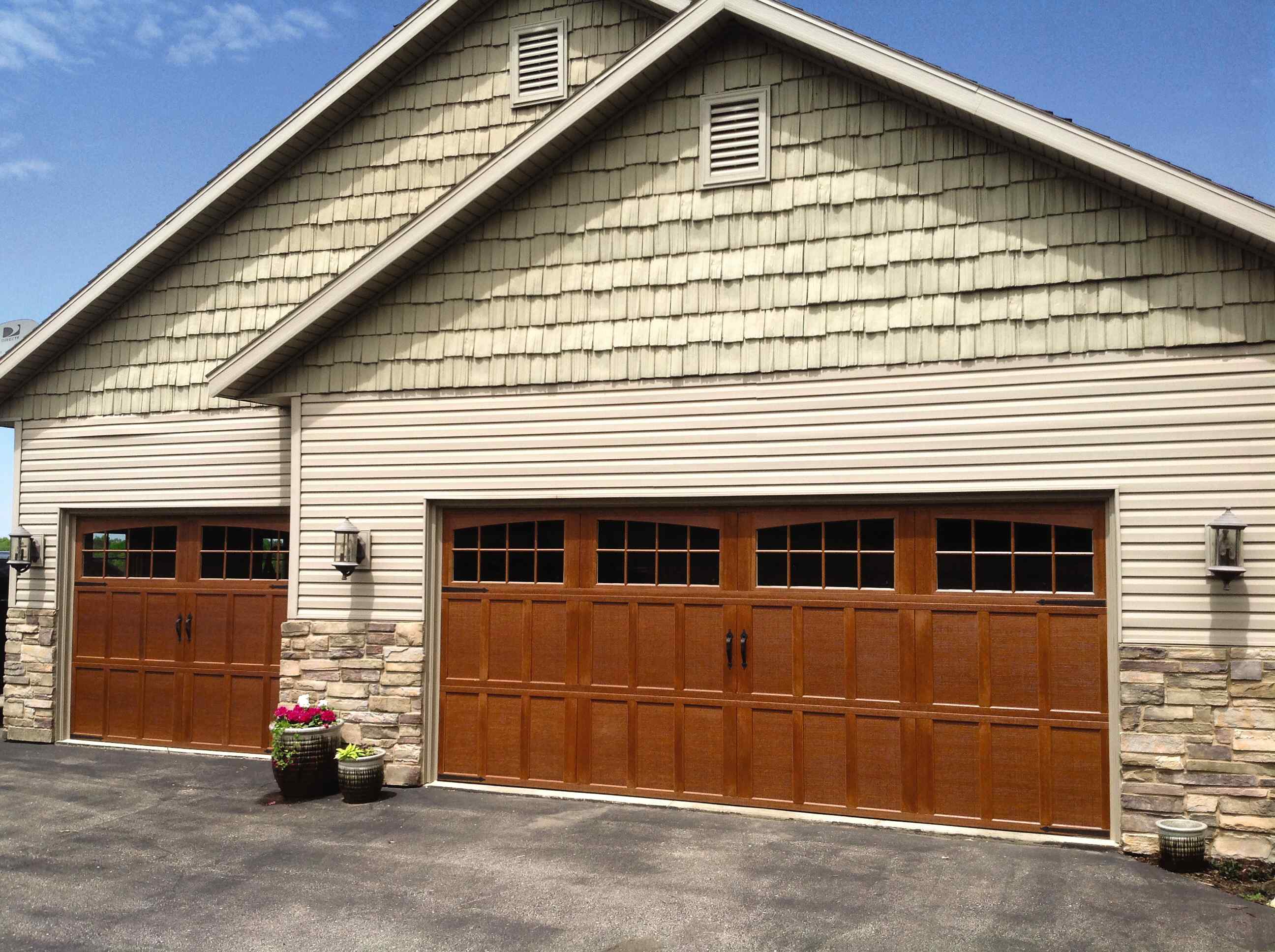 Carriage House Collection energy-efficient steel garage doors - residential