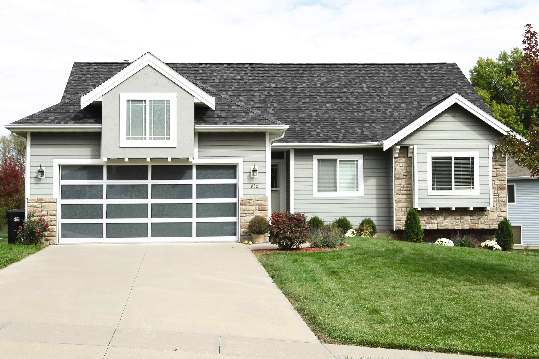 Modern Aluminum Series aluminum garage doors - residential